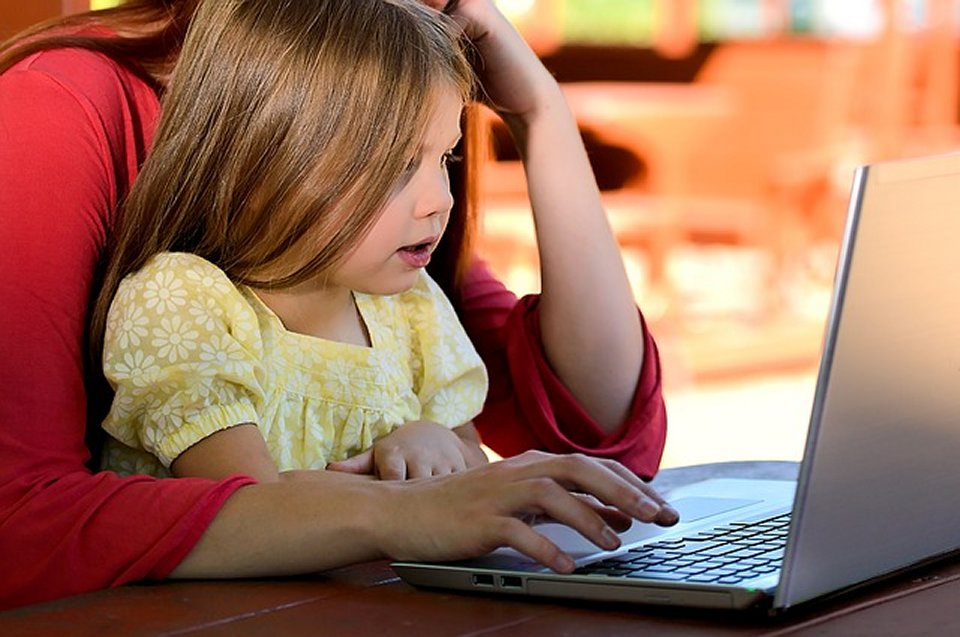 safe chat rooms for tweens