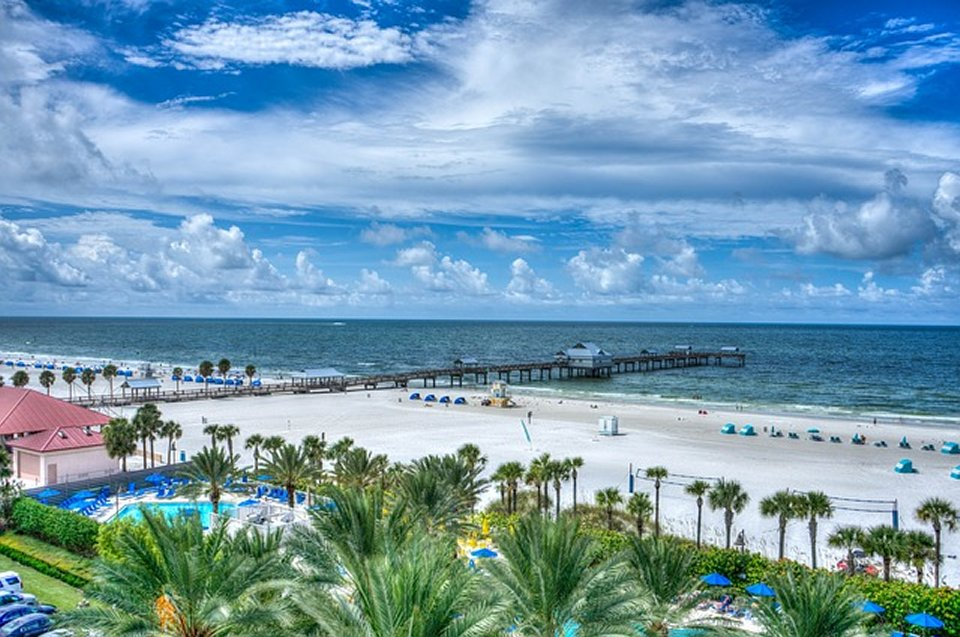 Many families are looking for ways to get away from the hustle and bustle of everyday life. Florida vacations
