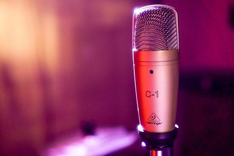 karaoke indoor activities