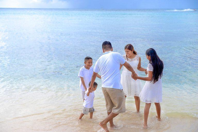 Summer Family Adventure Vacation on the Sea