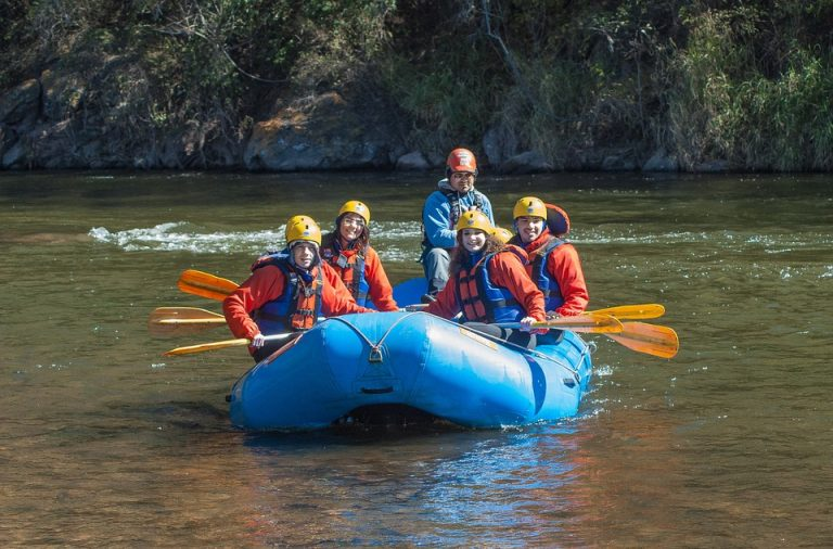 Rafting & Boating Travel Packages for the Family