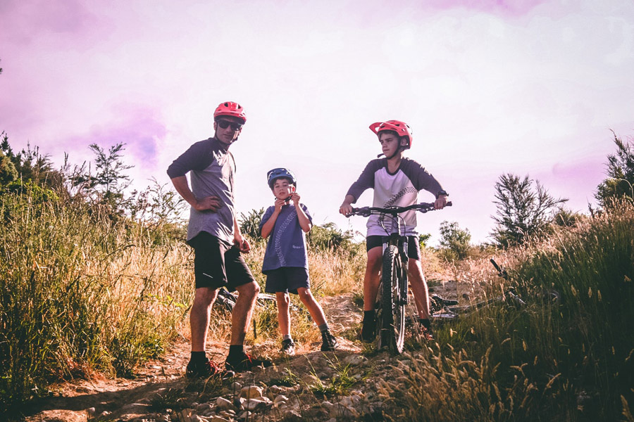family biking session to reap the benefits of physical activity
